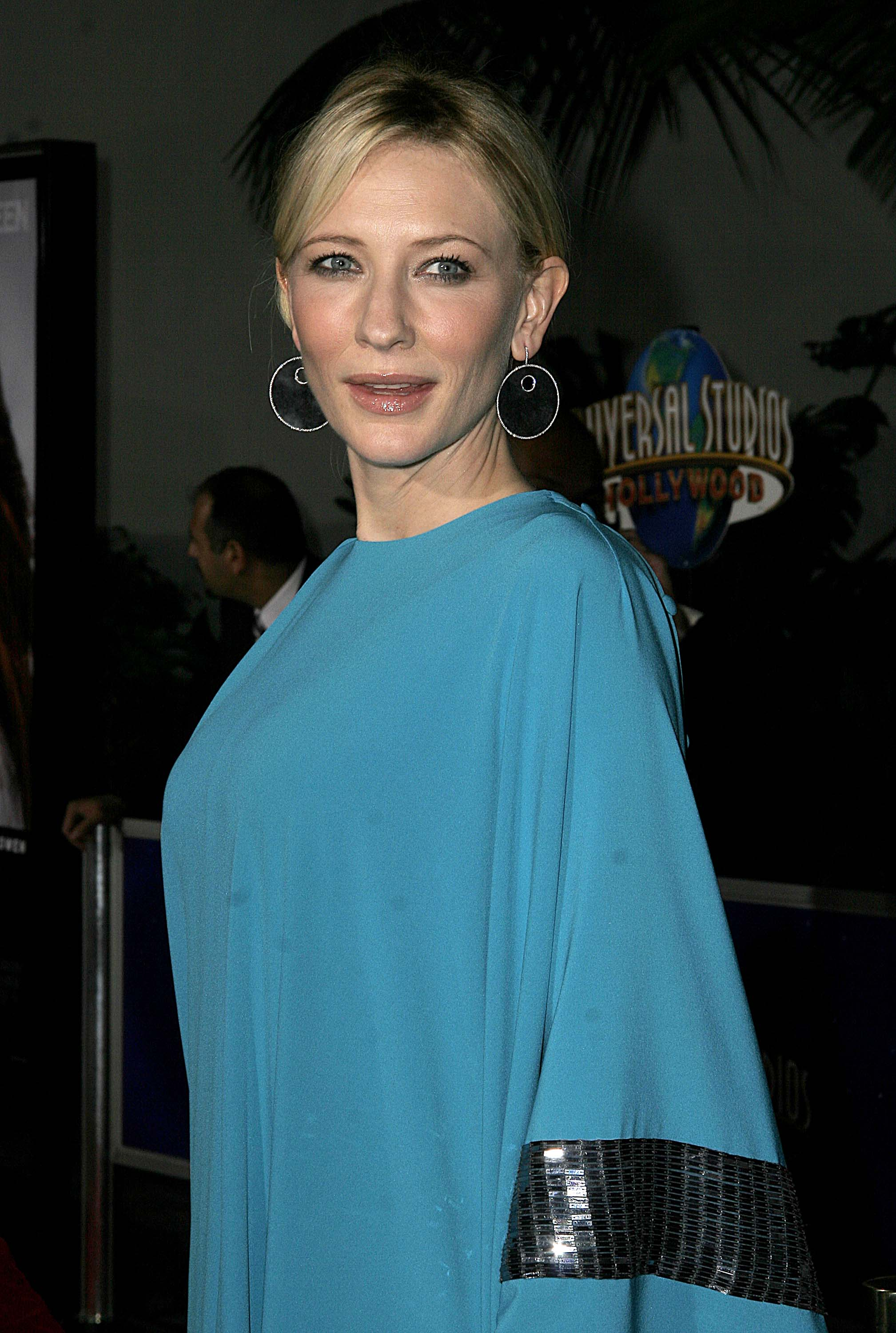Cate Blanchett Elizabeth the Golden Age